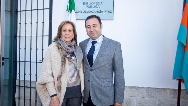 Inaugurada la nueva Biblioteca Pública 'Consuelo García Píriz' en la localidad sevillana de Mairena del Alcor
