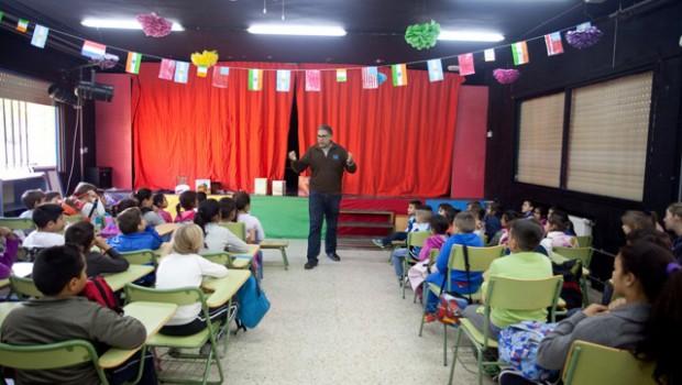 """La Obra Social """"la Caixa"""" y la Fundación José Manuel Lara trabajan conjuntamente en dos programas para el fomento de la lectura"""