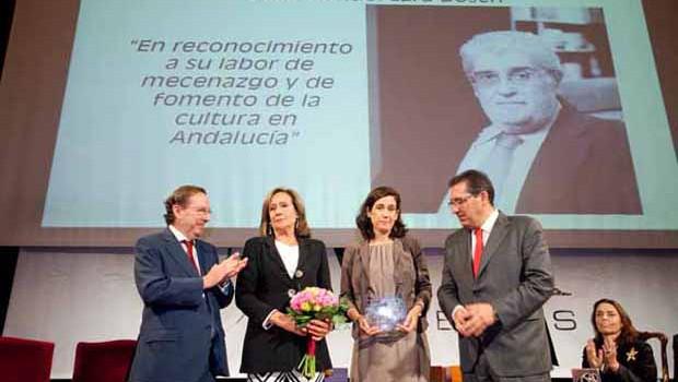 La AFA entregó sus premios 2015 y rindió homenaje a José Manuel Lara Bosch