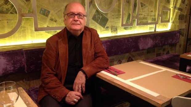 Álvaro Salvador presentó en Madrid 'Fumando con mis muertos', nuevo título de la colección Vandalia
