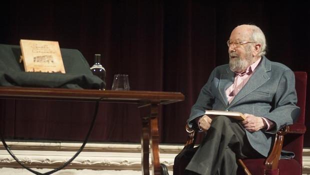 Caballero Bonald abrió el ciclo de homenaje a Cervantes en el IV centenario de su muerte