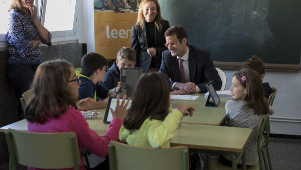 Cerca de 41.000 alumnos de la Comunidad de Madrid participan en la iniciativa 'Leemos' para fomentar el hábito lector entre los jóvenes