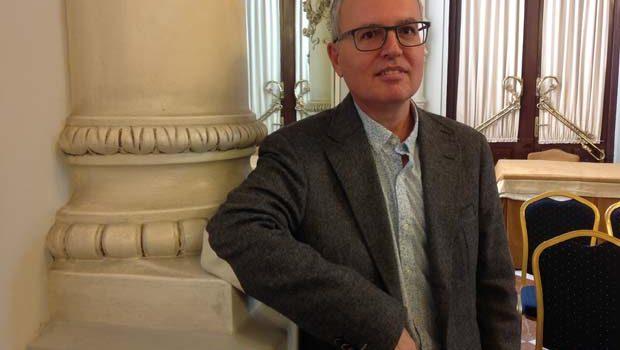 El escritor malagueño Antonio Fontana gana la XI edición del Premio Málaga de Novela con su obra 'Sol poniente'