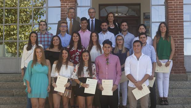La Fundación José Manuel Lara entrega un año más sus becas a alumnos de estudios superiores