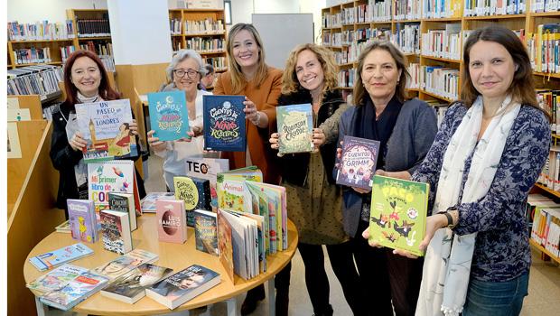 La Fundación José Manuel Lara celebra el Día Internacional del Libro con una donación de libros a la Red Municipal de Bibliotecas de Sevilla y con actividades para fomentar la lectura