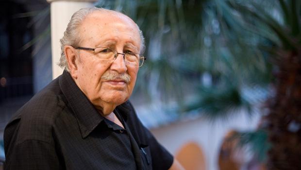 Nuevo libro de Rafael Guillén en la colección Vandalia: «Nunca dejaré de ser poeta, pero no volveré a publicar»